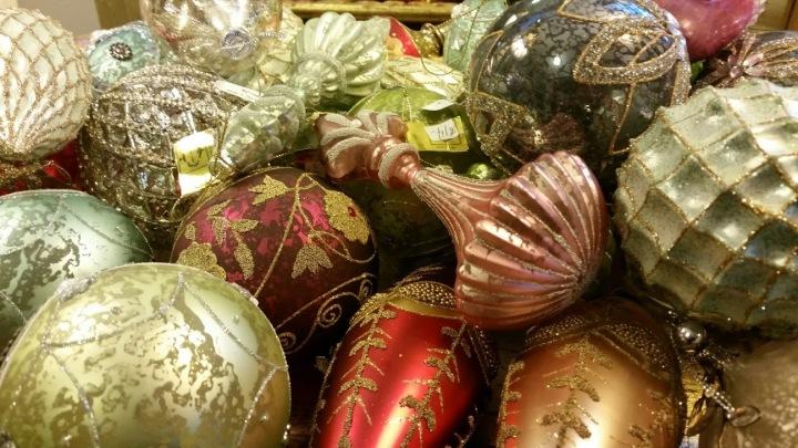 home decor and christmas ornaments