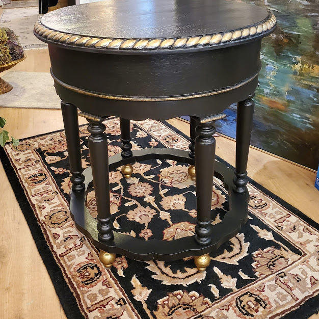 pretty black table